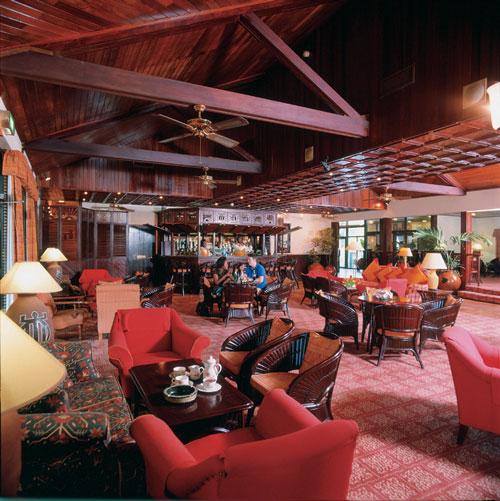 Labadi Beach Hotel bar